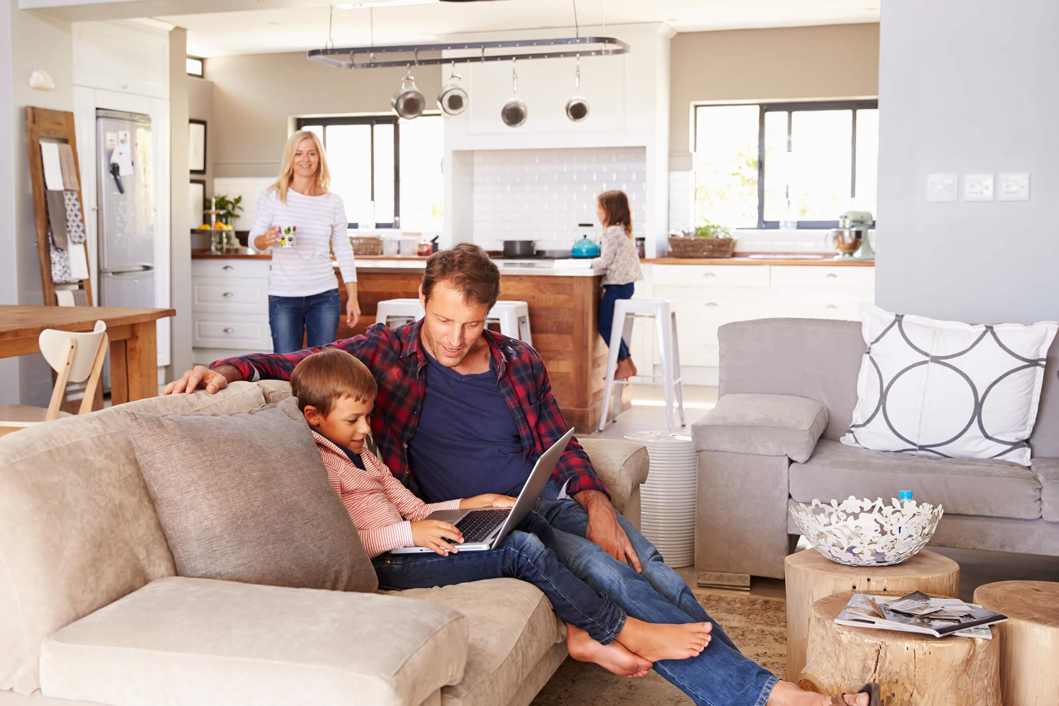 TechniSat Smart Home: Weniger Sorgen. Mehr Leben.