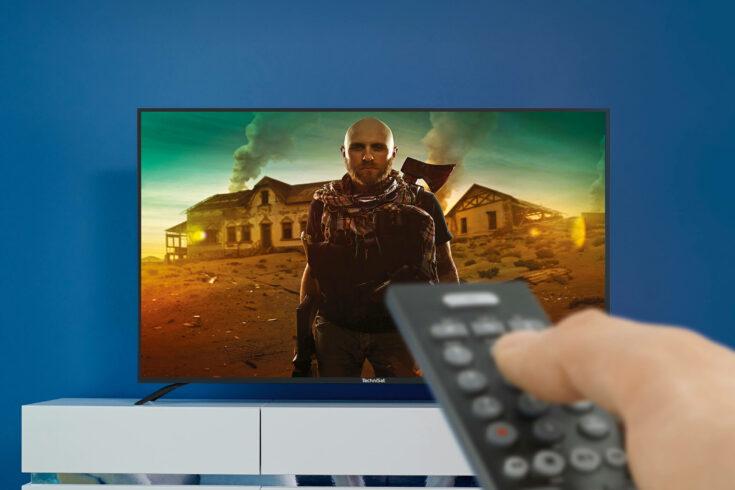 Fernsehen über Sat mit verschiedenen Montagen